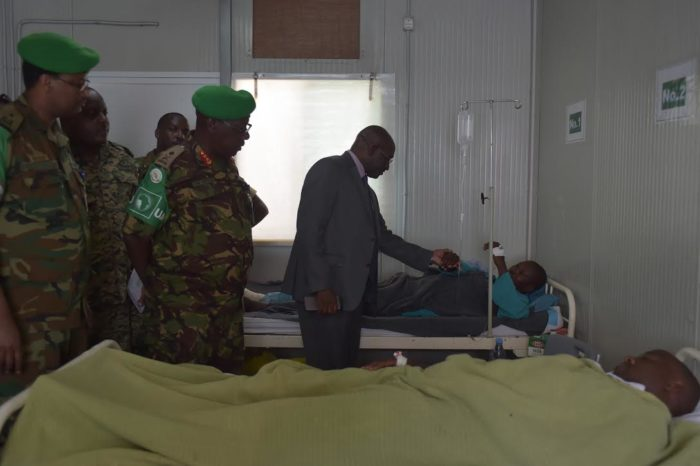 AU Deputy Special Representative visits injured soldiers at AMISOM hospital