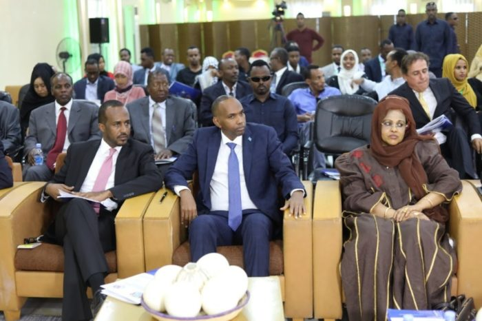 Somali PM opens the conference of national economic council