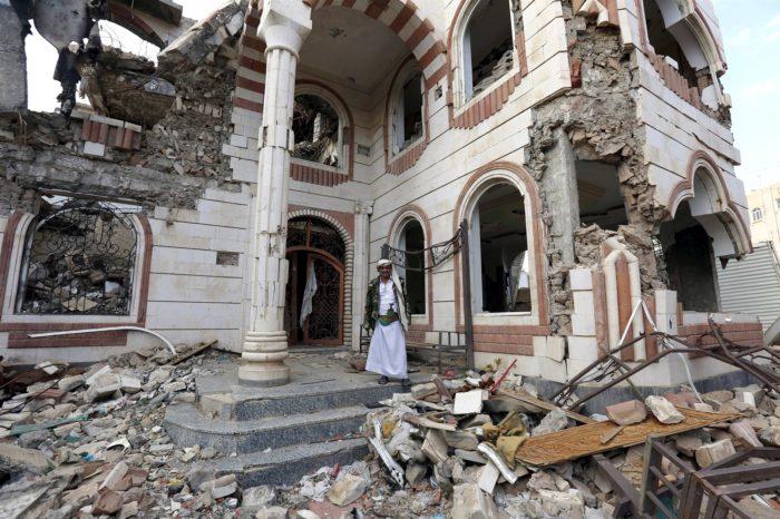 U.S. to stop refueling Saudi-coalition planes in Yemen, officials say