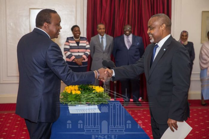President Uhuru receives credential letters from new Somali envoy