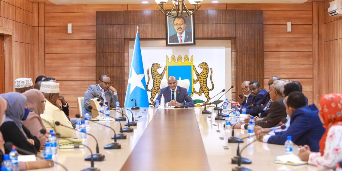 Gov't dissolves electoral commission